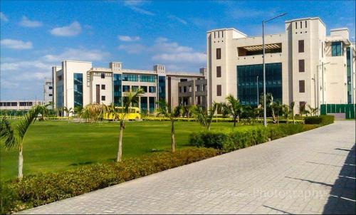 Shiv Nadar University (University, Dadri)